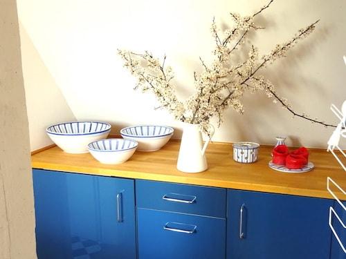 Küche mit Hedwig-Bollhagen Geschirr